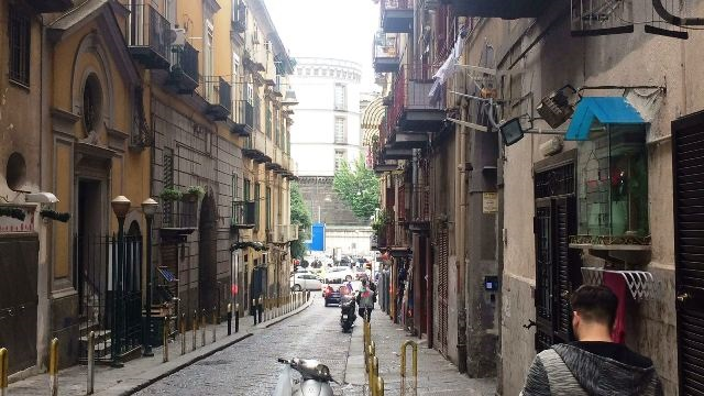 Napoli, ad. Via Foria