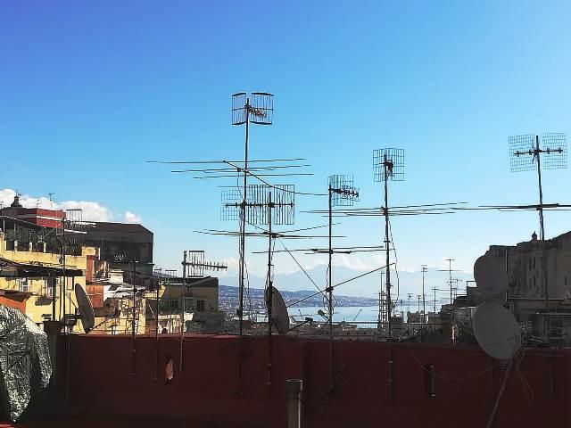 Napoli, p.tta Pontecorvo