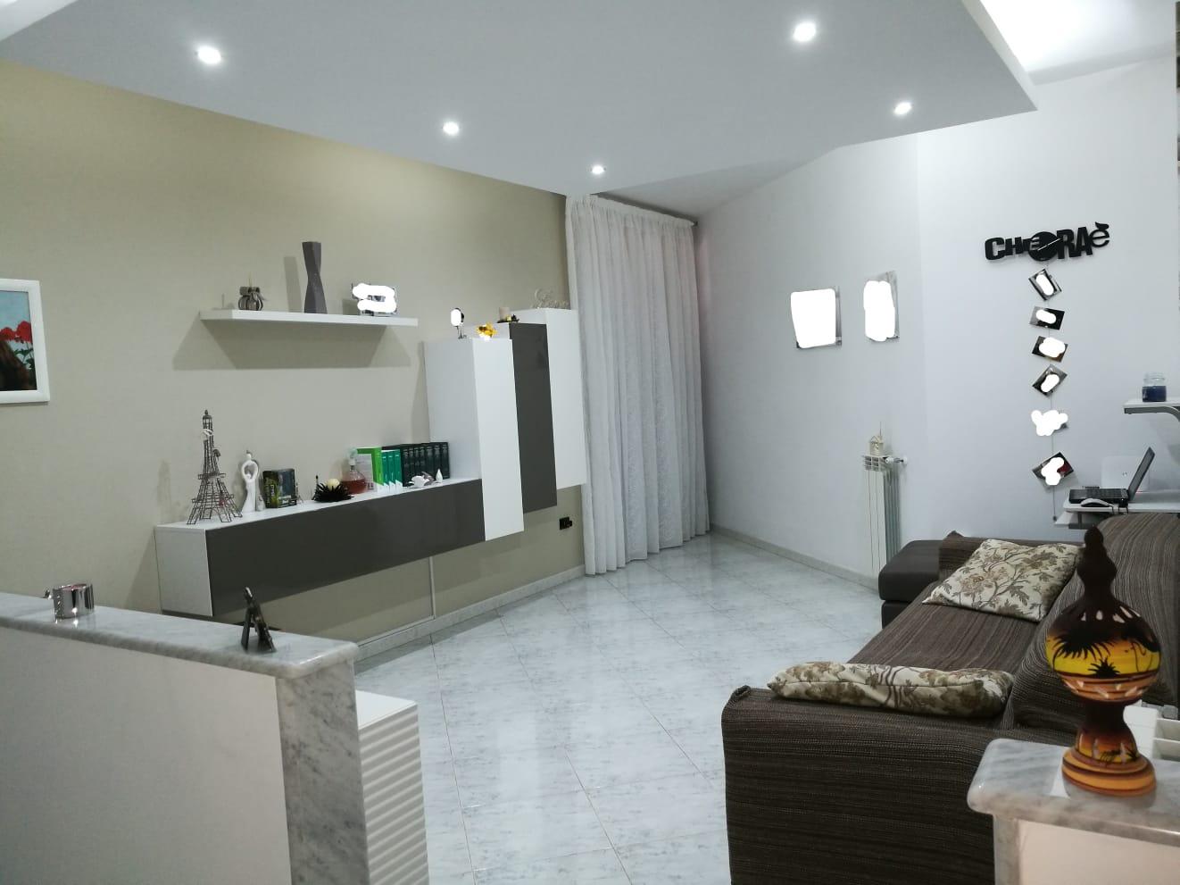 Grazioso appartamento con ampio spazio esterno
