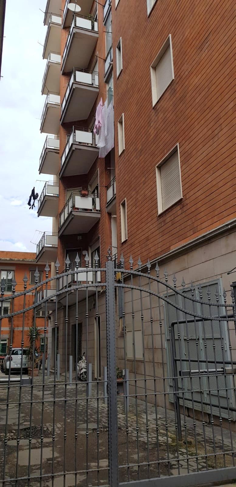 5 vani + acc. AVERSA Palazzo Coppola