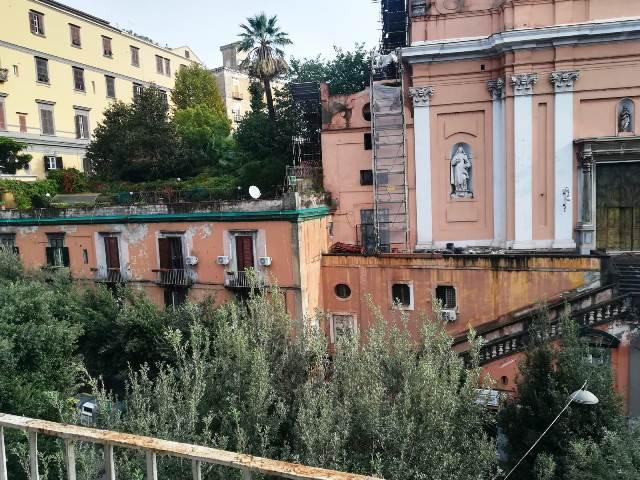 Napoli, Via Santa Teresa