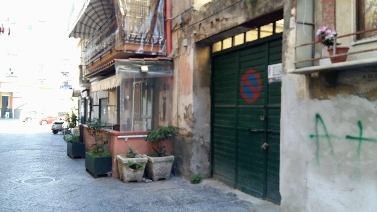 LOCALE COMMERCIALE zona Montesanto